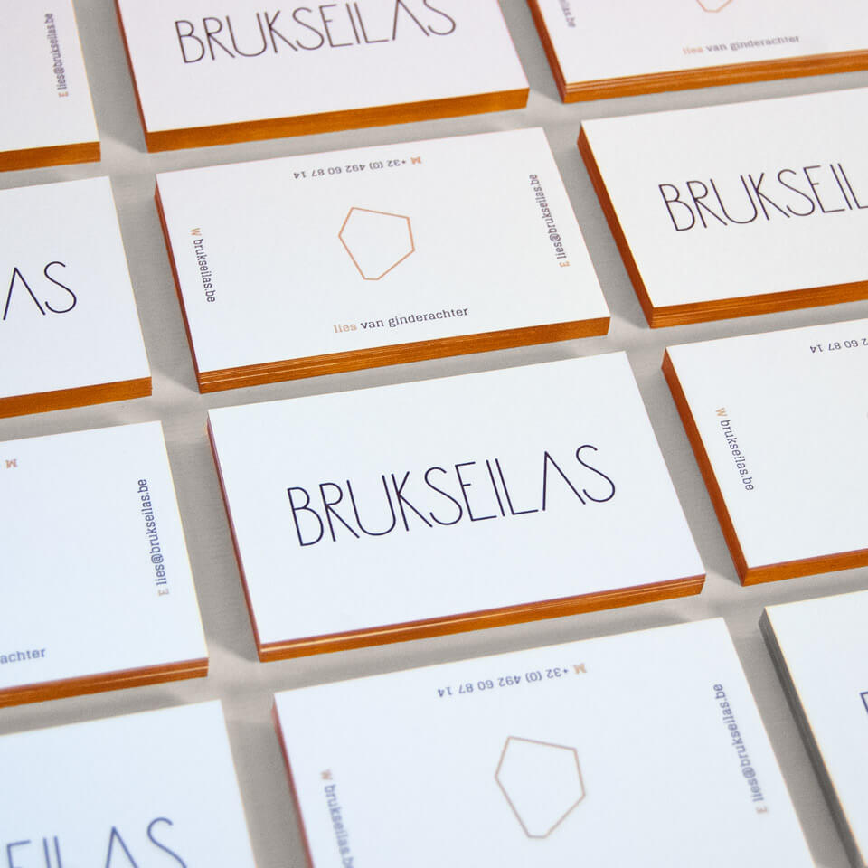 Photo of stacked Business Cards for Brukseilas